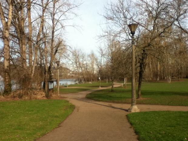 """Sellwood Park Path"""